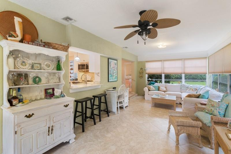 Image 9 For 9912 Little Club Way Se
