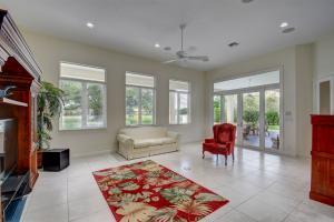 224 Turnberry Court Atlantis FL 33462