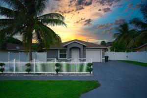 1015 Miami Boulevard, Delray Beach, FL 33483