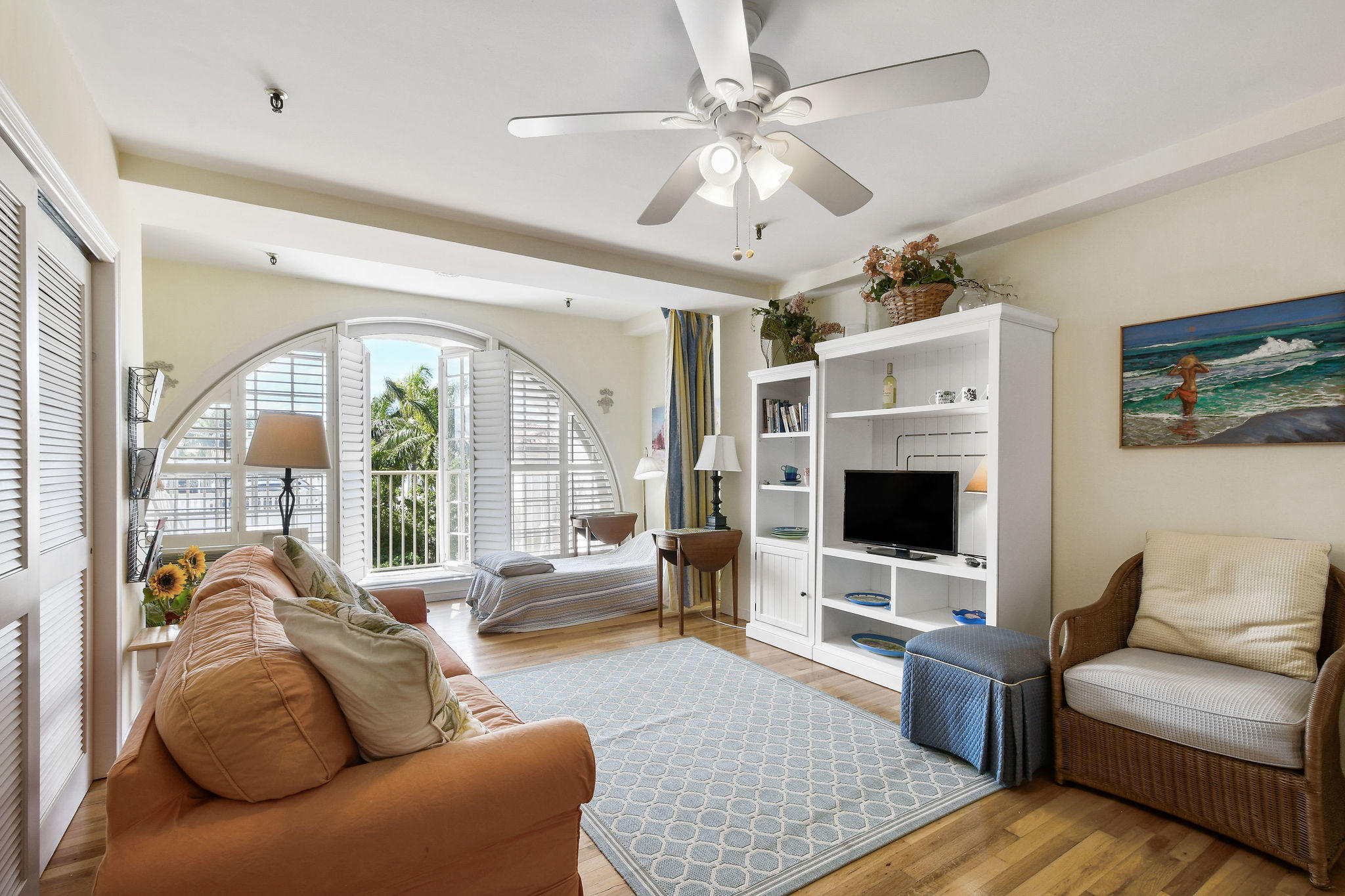 235  Sunrise Avenue 2027 For Sale 10682216, FL