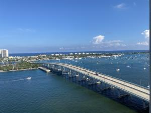 2640 Lake Shore Drive, 2011, Riviera Beach, FL 33404