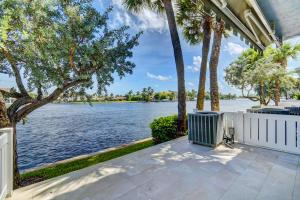 888 Jeffery Street Boca Raton FL 33487
