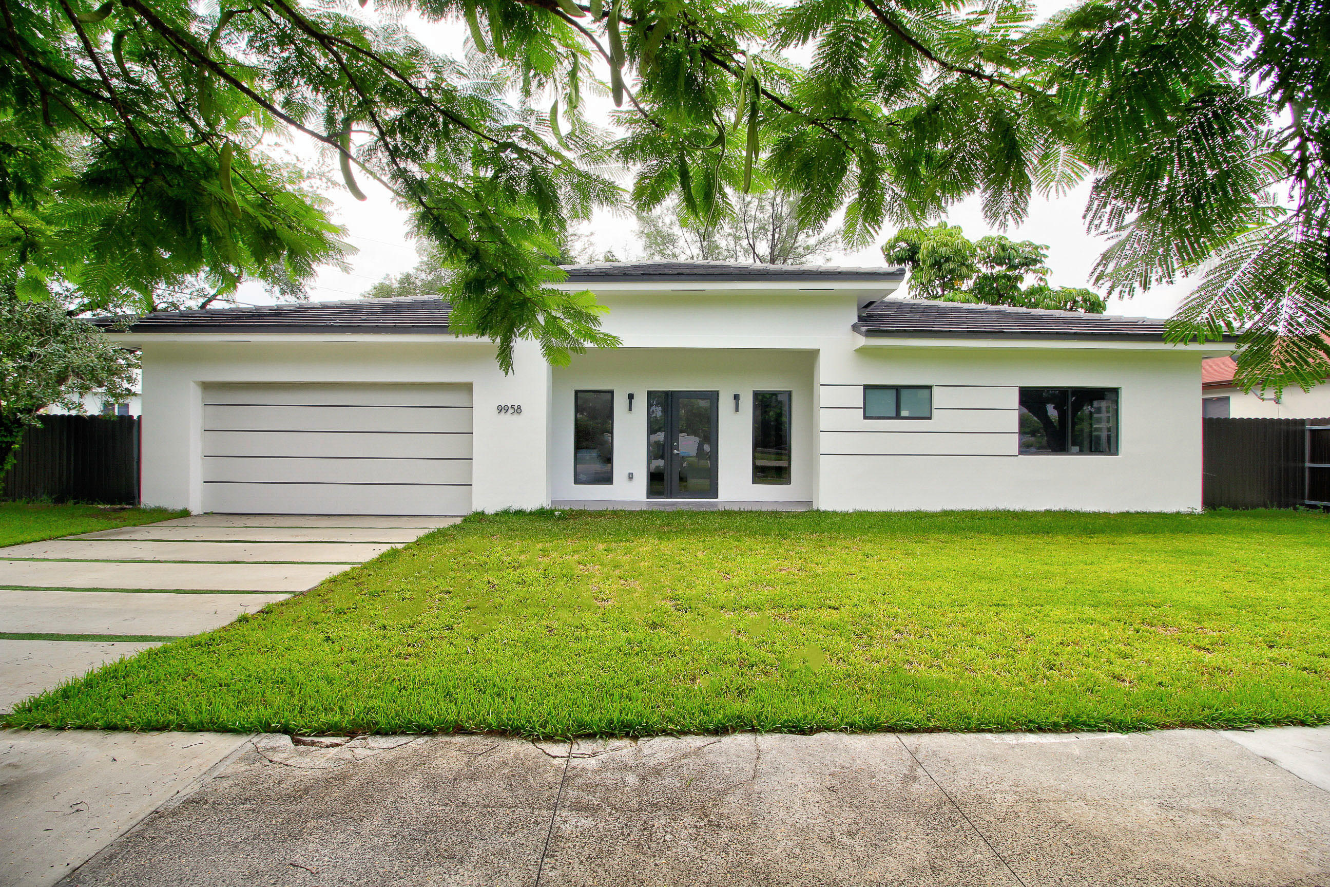 Image 1 For 9958 216th Street Sw