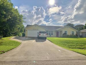 5005 Hickory Drive, Fort Pierce, FL 34982
