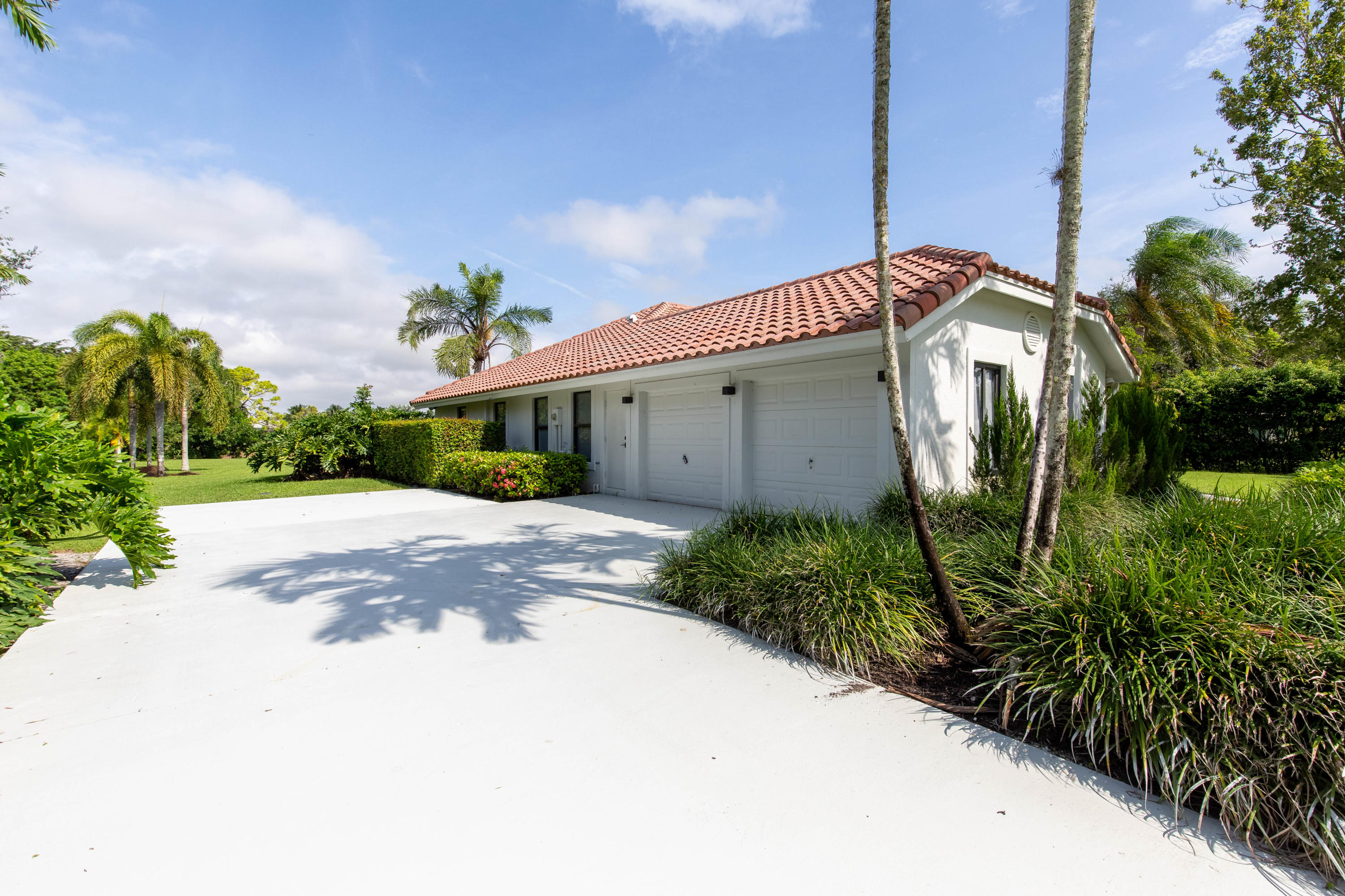 Wellington, Florida 33414, 4 Bedrooms Bedrooms, ,2 BathroomsBathrooms,Rental,For Rent,De Havilland,RX-10659840