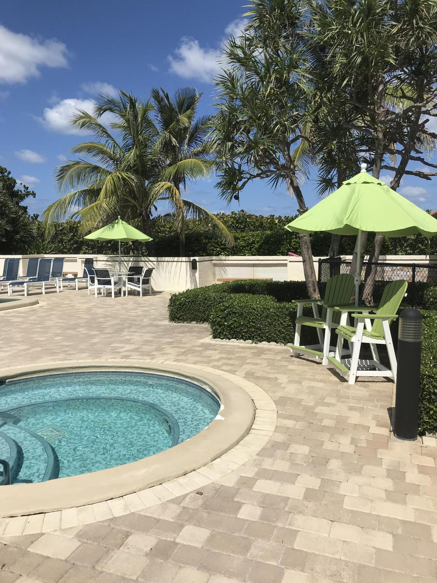 Oceantree Hot Tub
