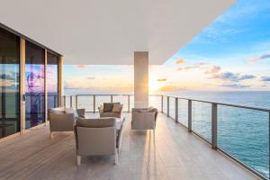 Expansive Terrace