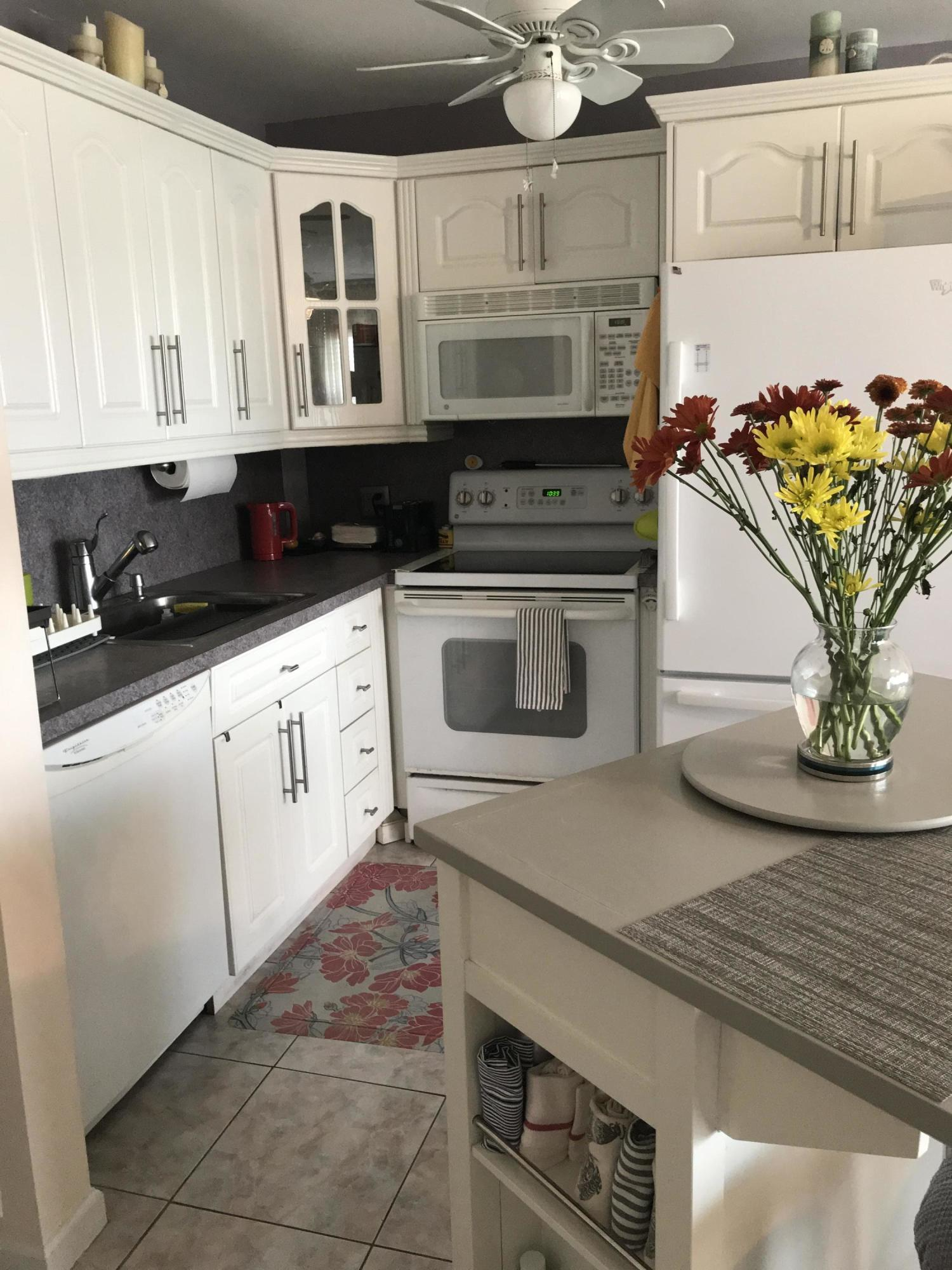 408 Southampton A, West Palm Beach, Florida 33417, 1 Bedroom Bedrooms, ,1 BathroomBathrooms,Residential,For Sale,Southampton A,RX-10660949