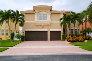 2270 Ridgewood Circle, Royal Palm Beach, FL 33411