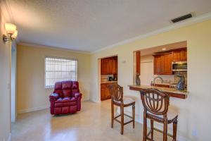 111 Sw 18th Street Boynton Beach FL 33426