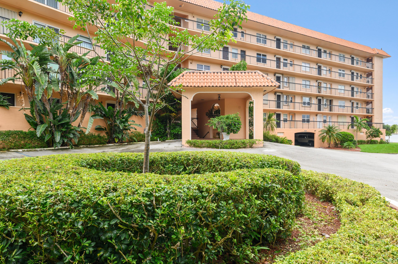 Photo of 2871 N Ocean Boulevard #V553, Boca Raton, FL 33431