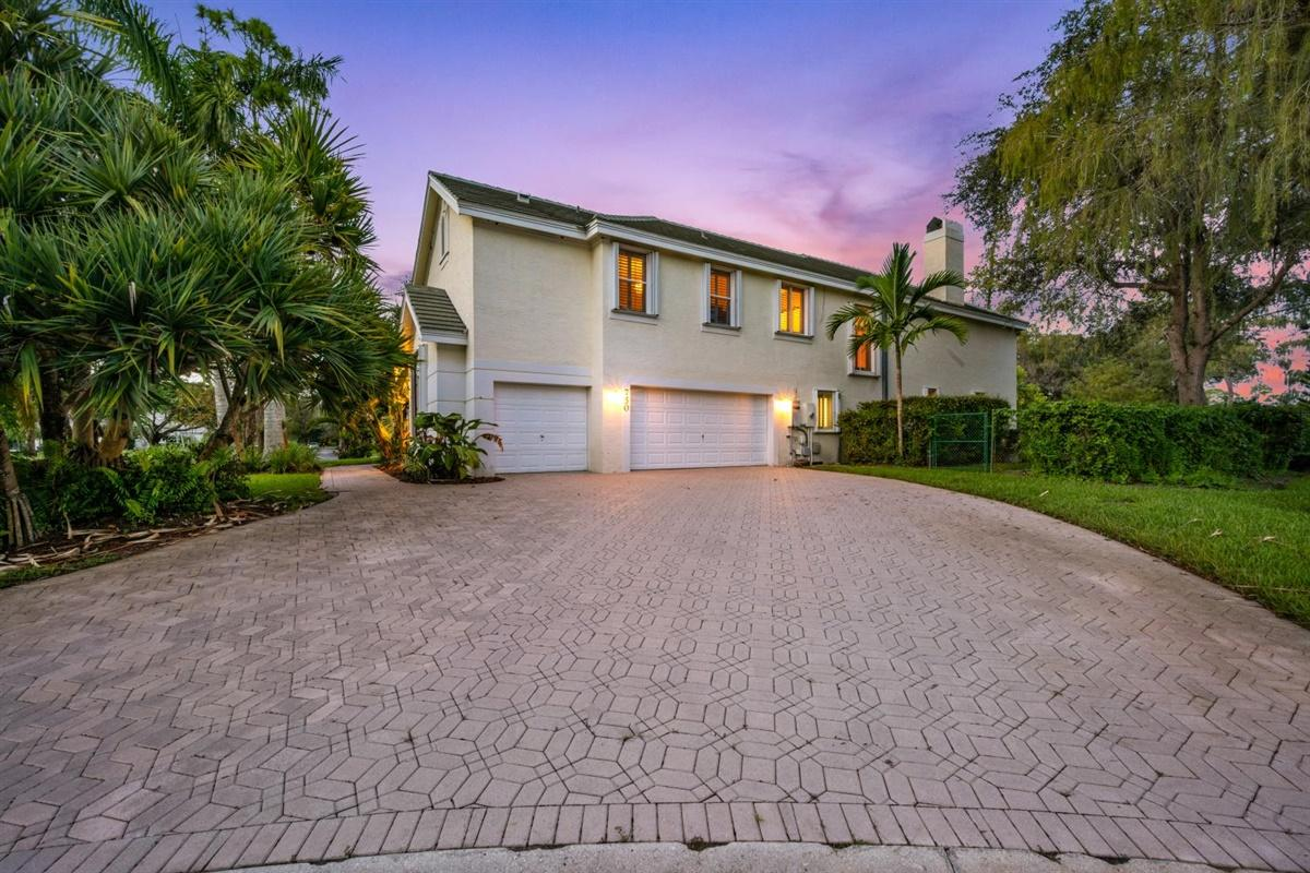 Details for 750 Pine Chase Court, Wellington, FL 33414