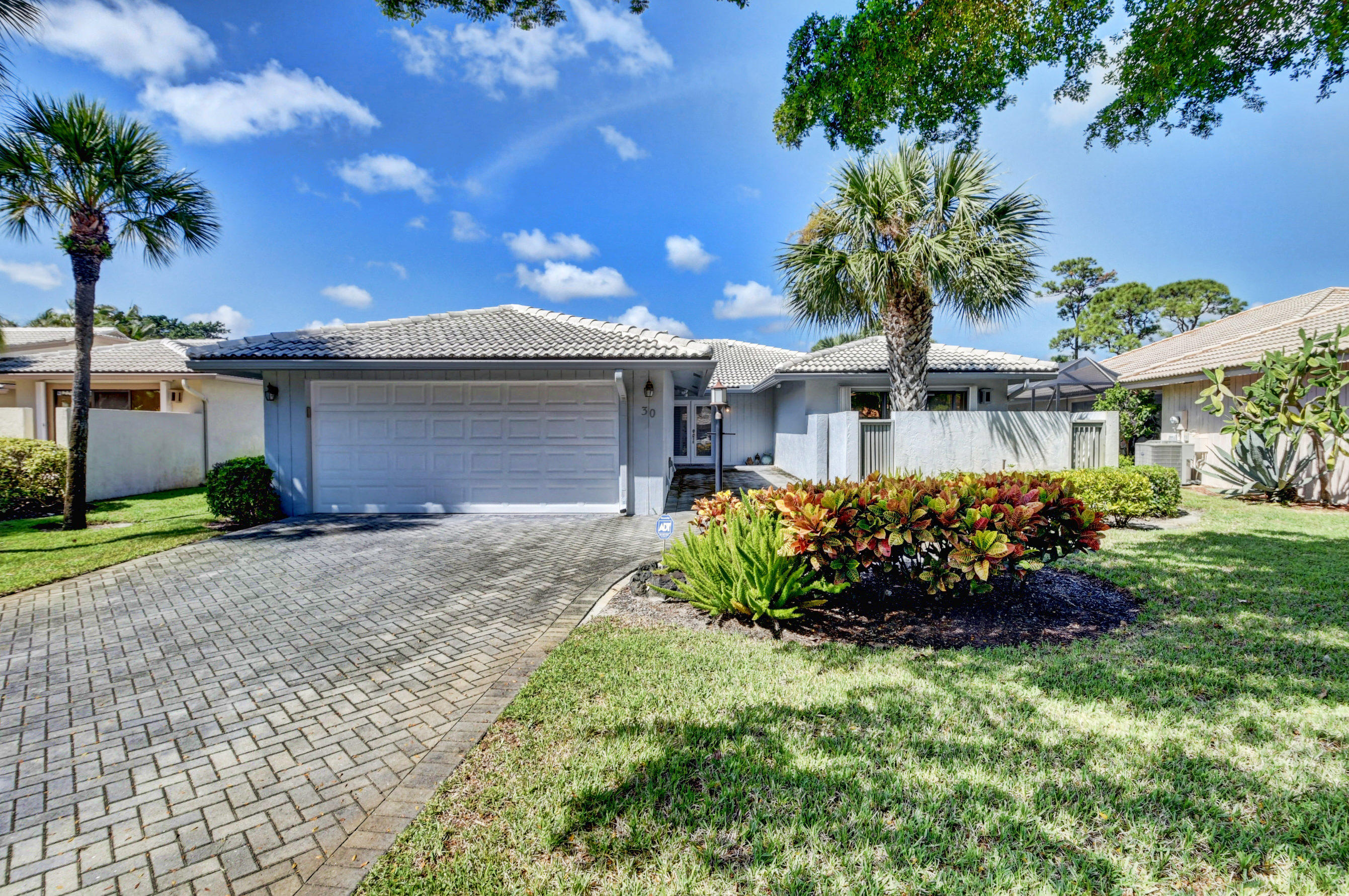 Details for 30 Glens Drive, Boynton Beach, FL 33436