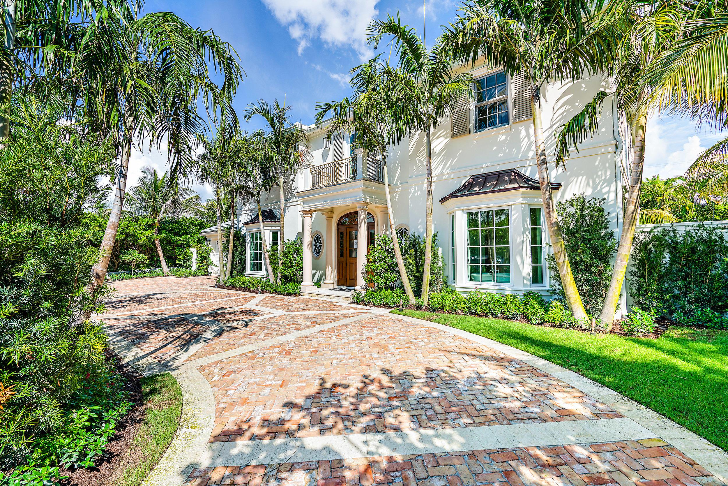 Photo of 211 Ocean Terrace, Palm Beach, FL 33480