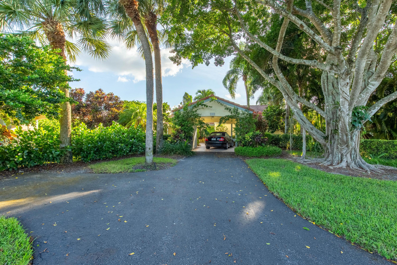 2457 Vista Del Prado Drive, Wellington, Florida 33414, 3 Bedrooms Bedrooms, ,2 BathroomsBathrooms,Villa,For Sale,Palm Beach Polo,Vista Del Prado,RX-10662702