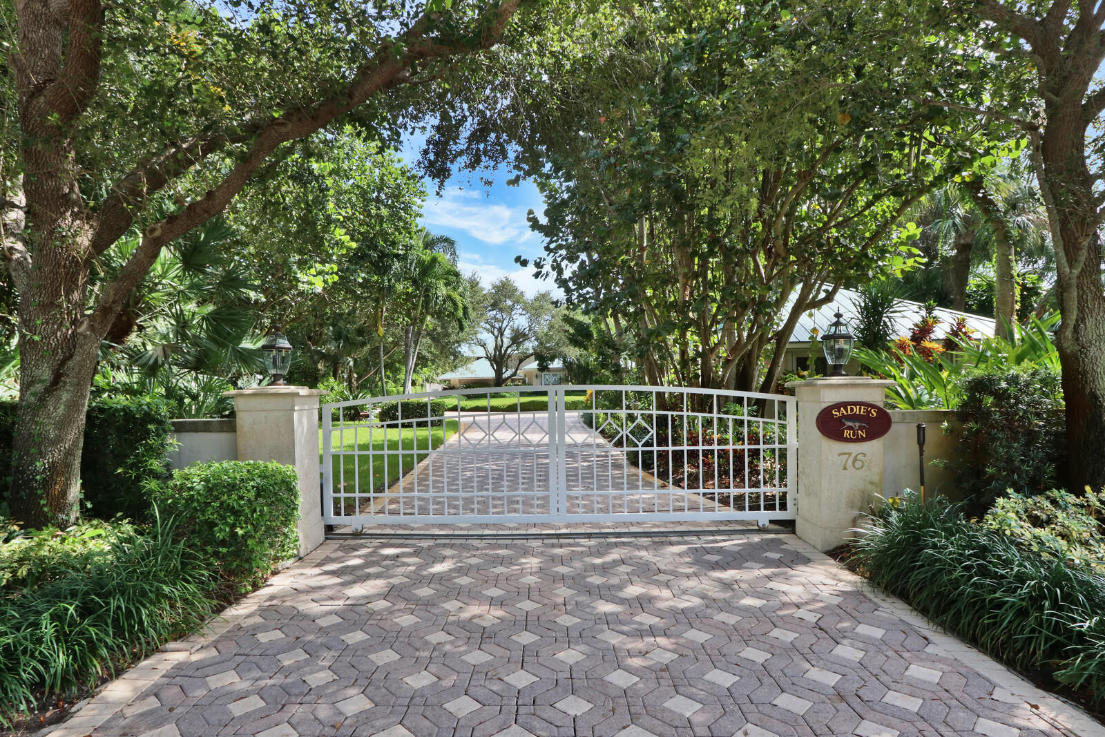 Home for sale in Homewood Sewalls Point Florida