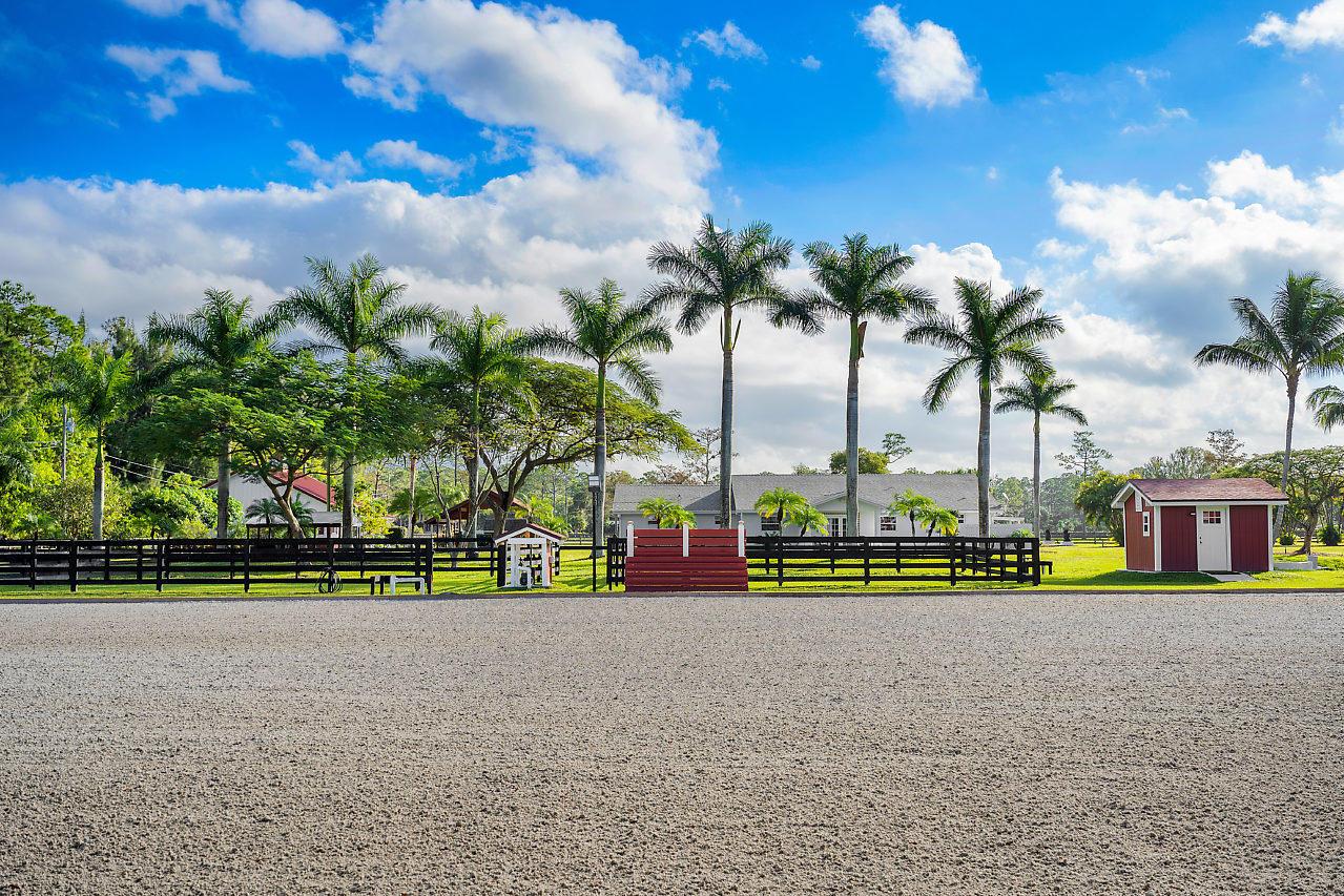 Loxahatchee Groves, Florida 33470, 4 Bedrooms Bedrooms, ,2 BathroomsBathrooms,Residential,For Sale,Quail,RX-10664084