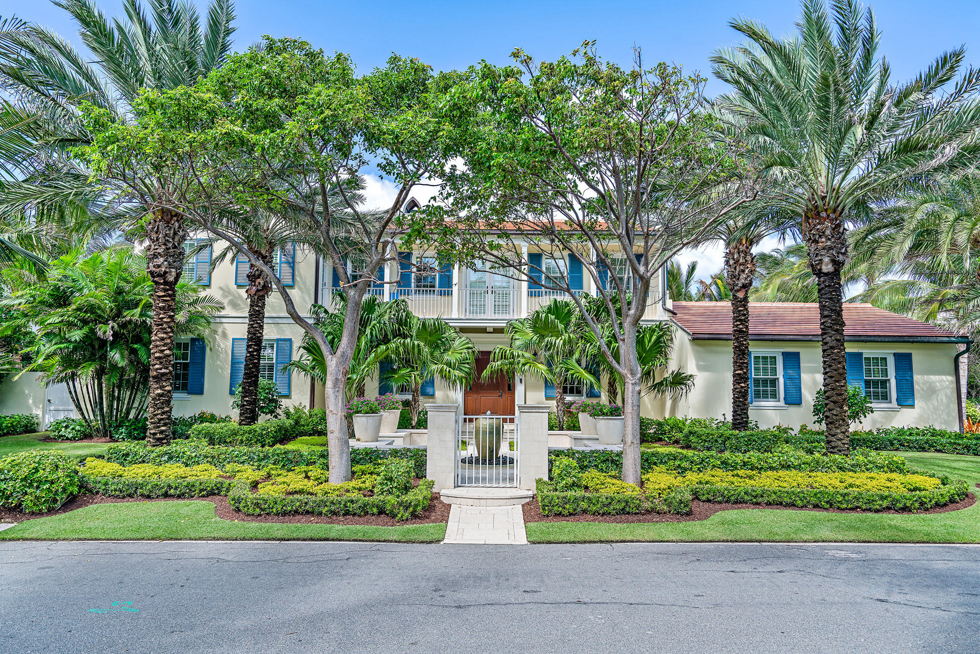 Photo of 201 Ocean Terrace, Palm Beach, FL 33480