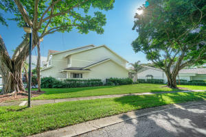 6021 Old Court Road Boca Raton FL 33433