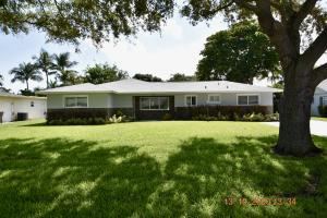 2450 Hope Lane, Palm Beach Gardens, FL 33410