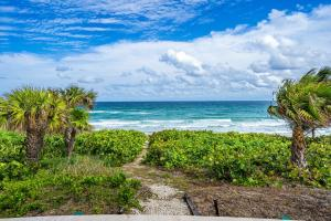 1085 Hillsboro Mile Hillsboro Beach FL 33062