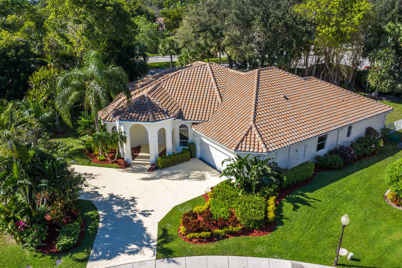 2835 NW 45th Street