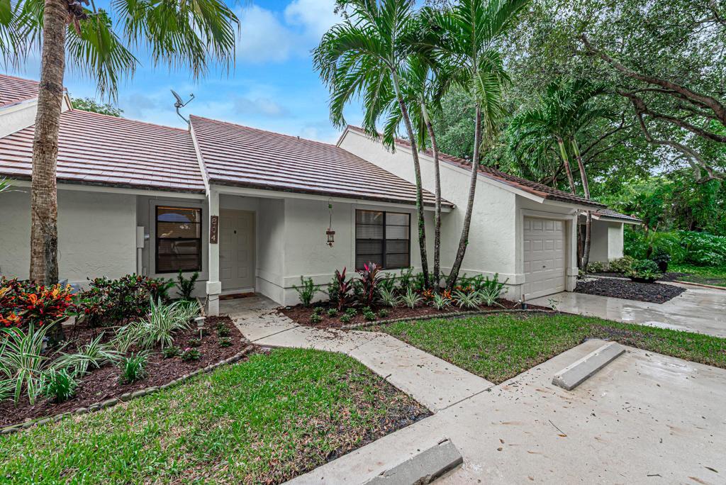 804 Lochwick Court #2 - 33418 - FL - Palm Beach Gardens