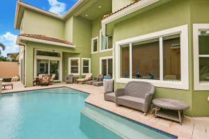 6447 Bellamalfi Street Boca Raton FL 33496