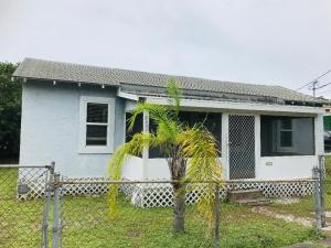 8457 SE Begonia Way, Hobe Sound, FL 33455