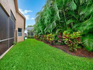 132 Palm Circle Atlantis FL 33462