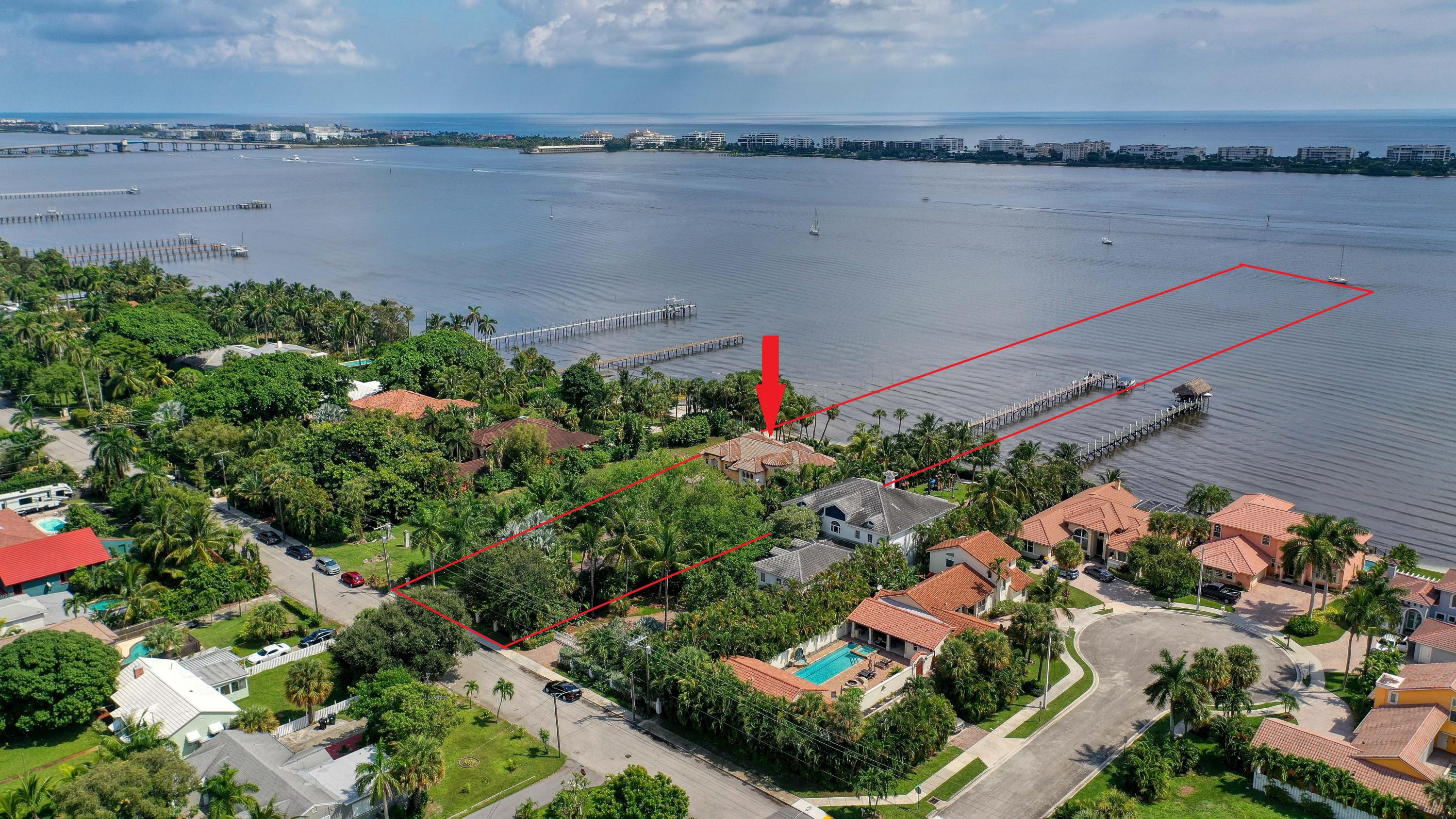 1320 Lakeside Drive, Lake Worth Beach, Florida 33460, 4 Bedrooms Bedrooms, ,3.1 BathroomsBathrooms,Single Family,For Sale,Lakeside,RX-10660853