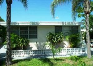 463 Manchester Street, Boca Raton, FL 33487