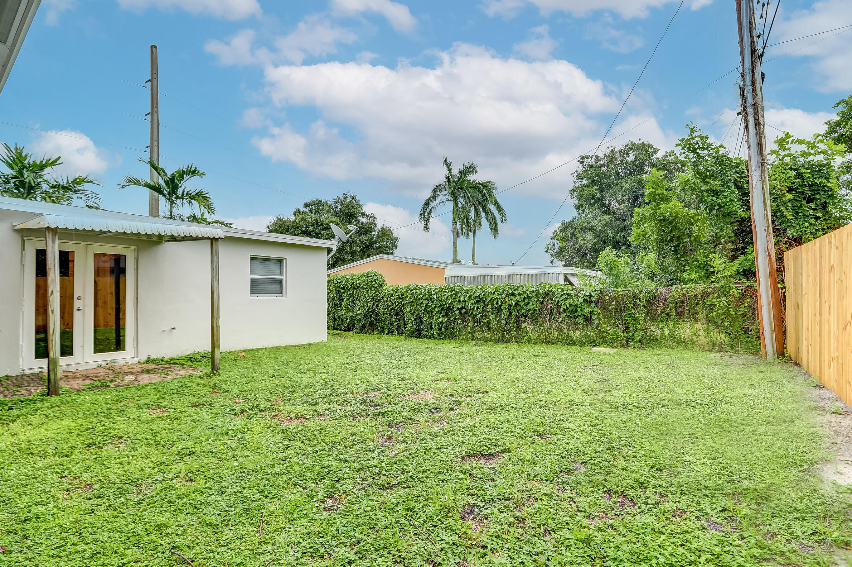2665 NE 12th Avenue - 33064 - FL - Pompano Beach