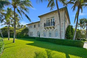 930 S Ocean Boulevard, Palm Beach, FL 33480