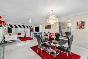 18880 Jolson Avenue Boca Raton FL 33496