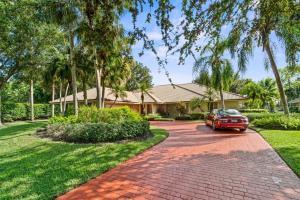 14 Alston Road, Palm Beach Gardens, FL 33418
