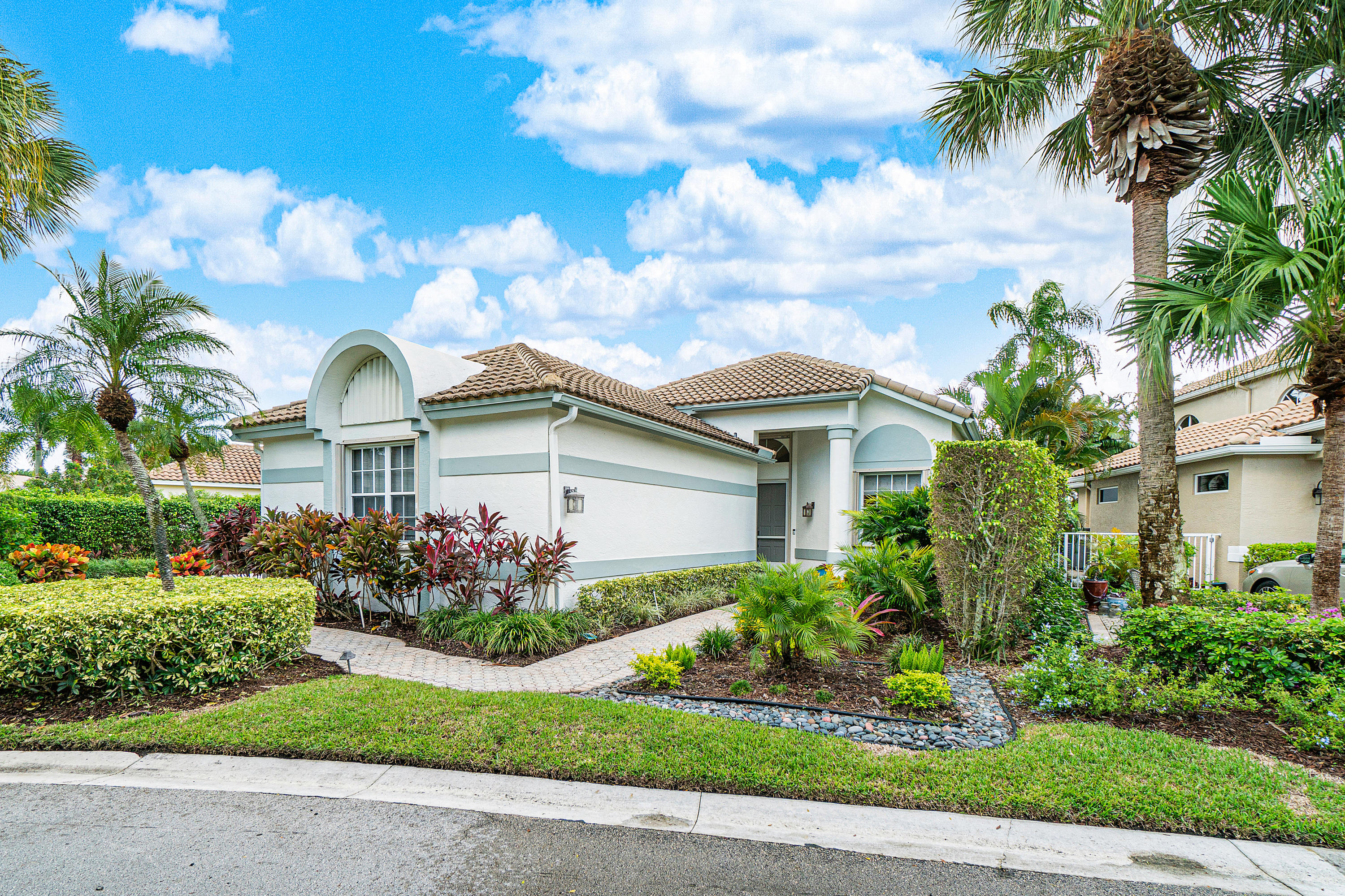 Photo of 16922 Knightsbridge Lane, Delray Beach, FL 33484