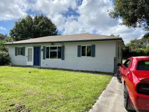 5911 Tangelo Drive, Fort Pierce, FL 34982