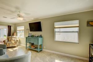 2302 Sw 20th Ter Terrace Boynton Beach FL 33426