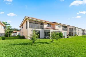 8682 Via Reale Boca Raton FL 33496