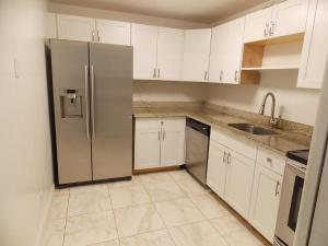 4222 Inverrary Boulevard, 4417, Lauderhill, FL 33319
