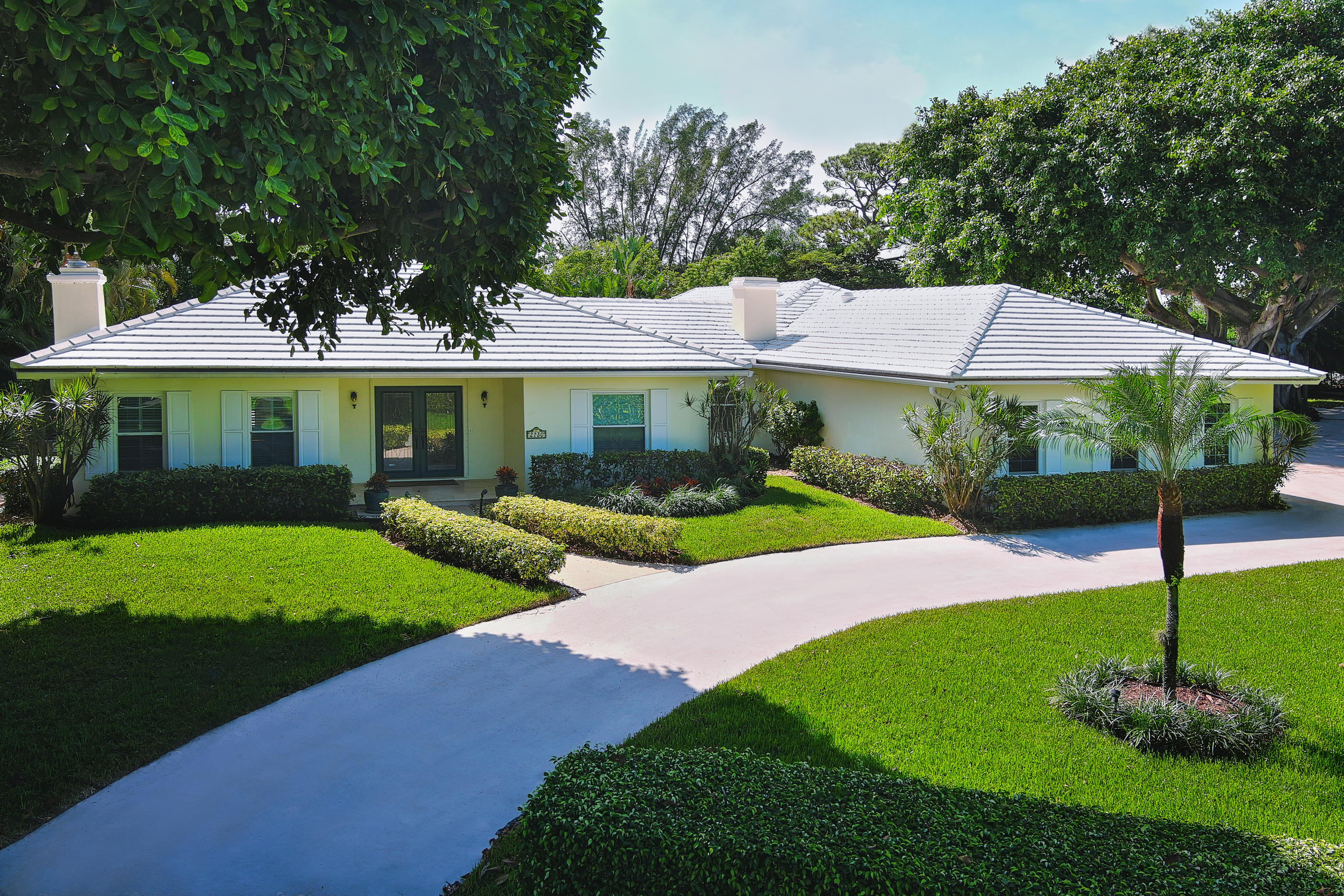 Photo of 2730 Cardinal Circle, Gulf Stream, FL 33483