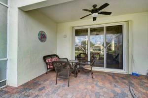 8198 Bellafiore Way Boynton Beach FL 33472