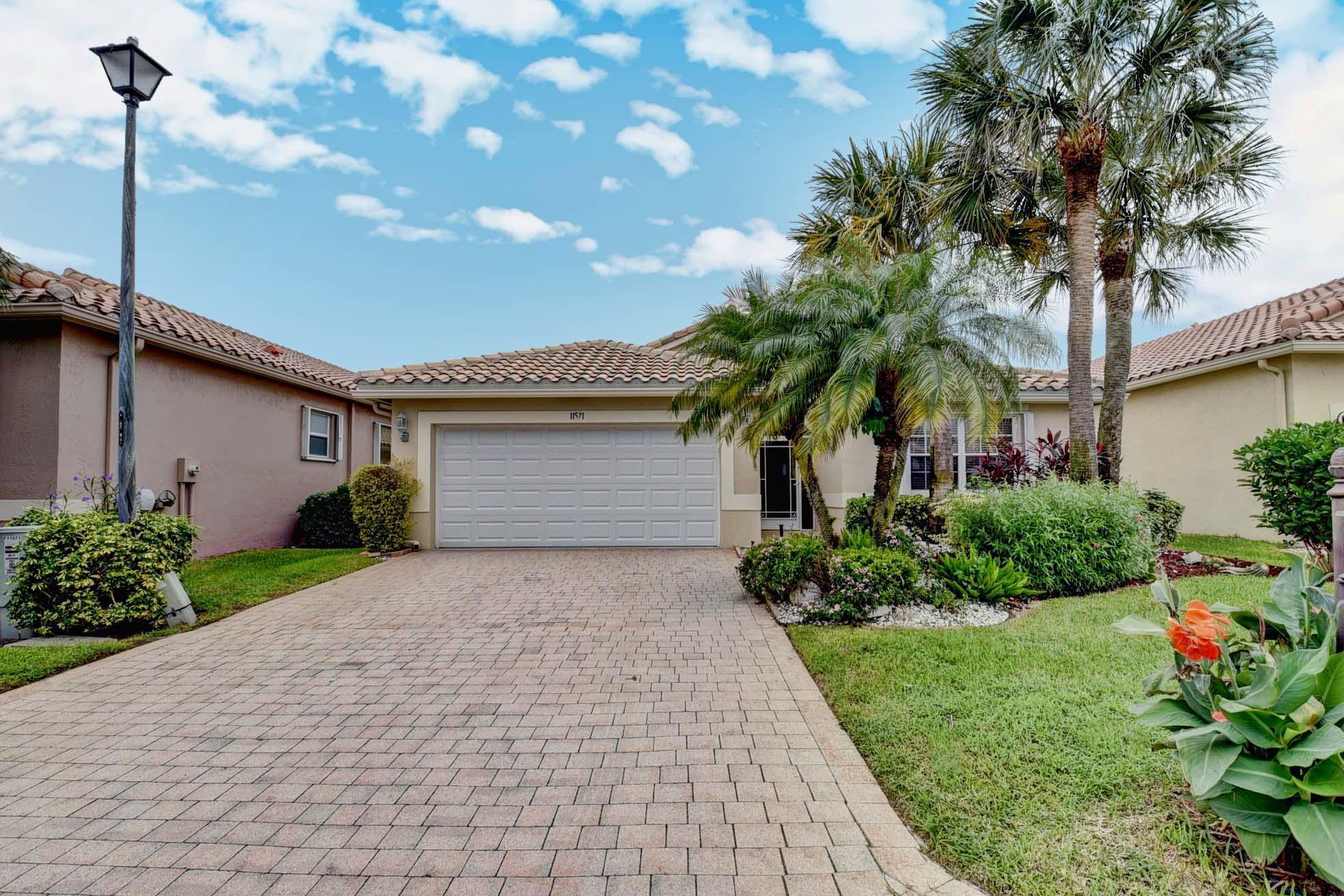 11571 Claria Drive  Boynton Beach FL 33437