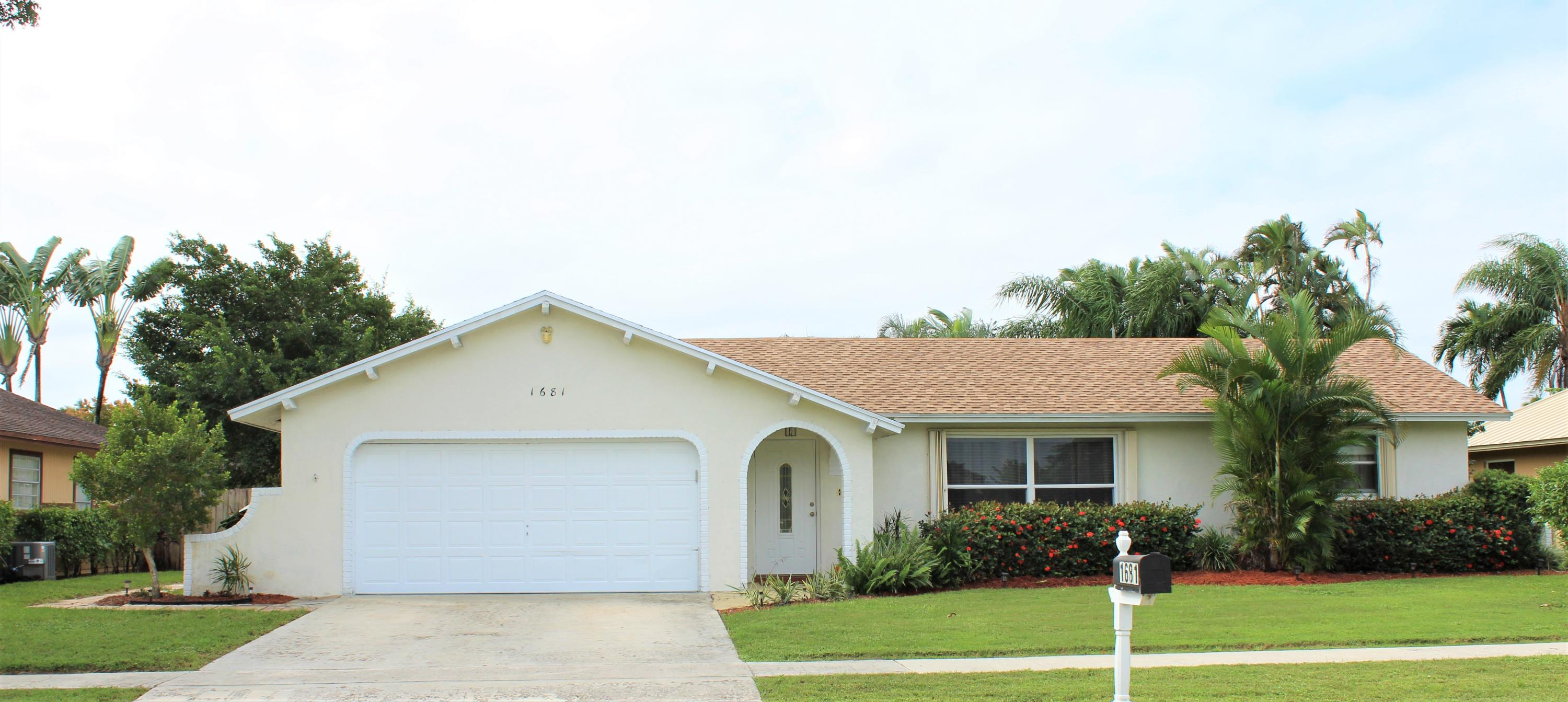 1681  Wyndcliff Drive  For Sale 10670029, FL