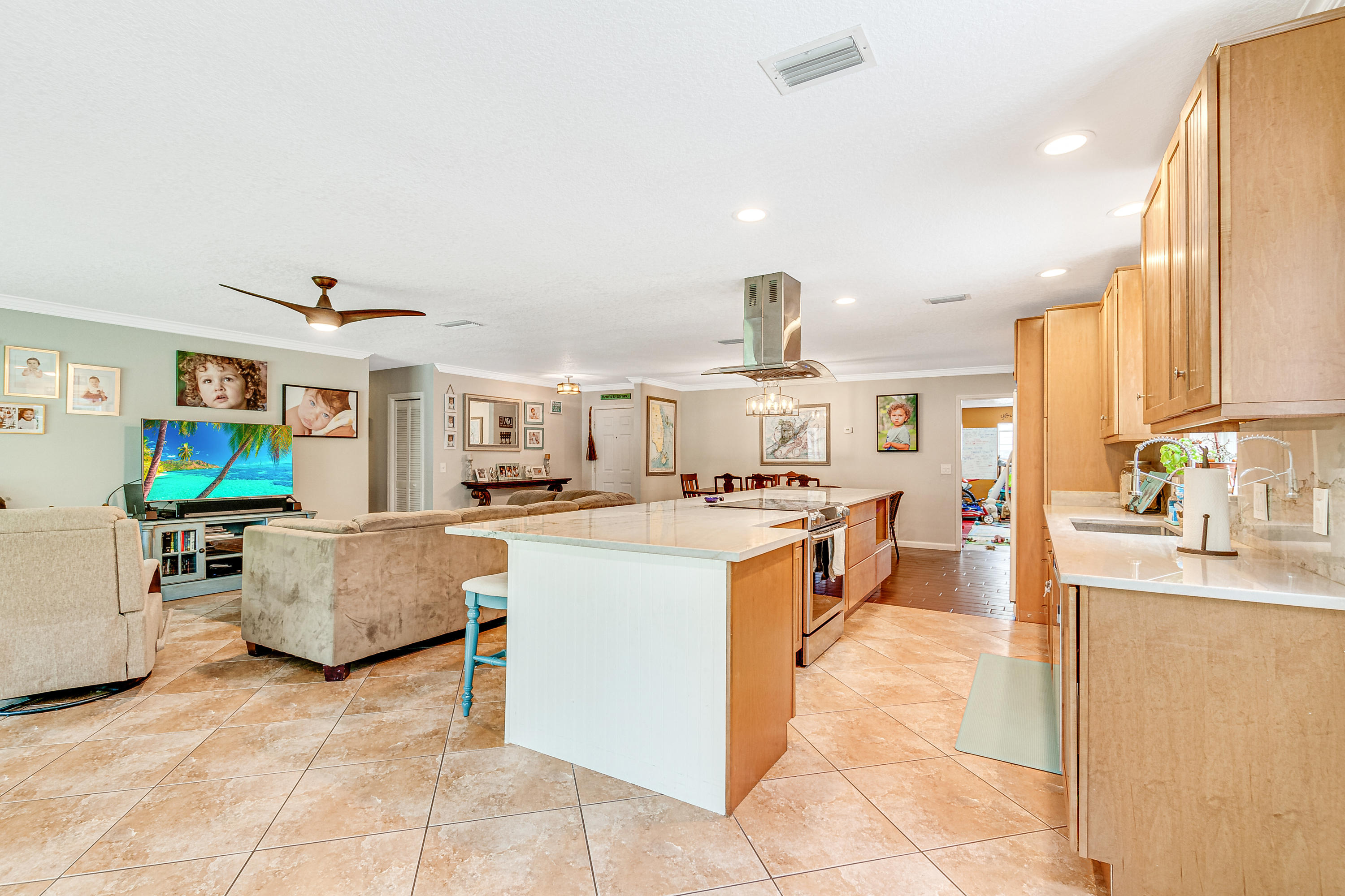 Loxahatchee Groves, Florida 33470, 5 Bedrooms Bedrooms, ,3 BathroomsBathrooms,Residential,For Sale,Collecting Canal,RX-10668716