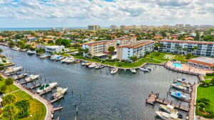 WALK RIGHT OUT TO THE DOCKS, POOL, & BBQ GRILLS