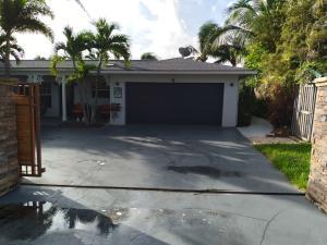 151 Shore Drive, Riviera Beach, FL 33404