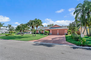 220 Infanta Avenue, Royal Palm Beach, FL 33411