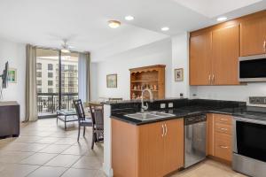701 S Olive Avenue, 1111, West Palm Beach, FL 33401